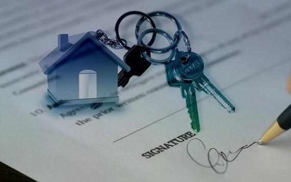Можно ли отменить дарственную на квартиру — причины и сроки