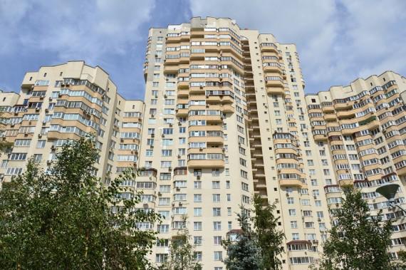 Впервый раз за3 года доля массового жилья в российской столице приблизилась к50%