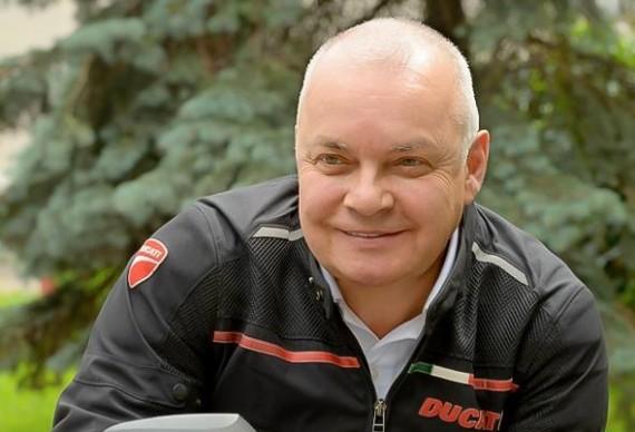 Телеведущий Дмитрий Киселев взорвал соцсети неосторожными словами о Крыме