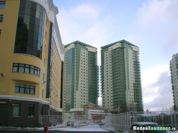 5-комнатная новая квартира находится покрышкина ул. , 3, мет.