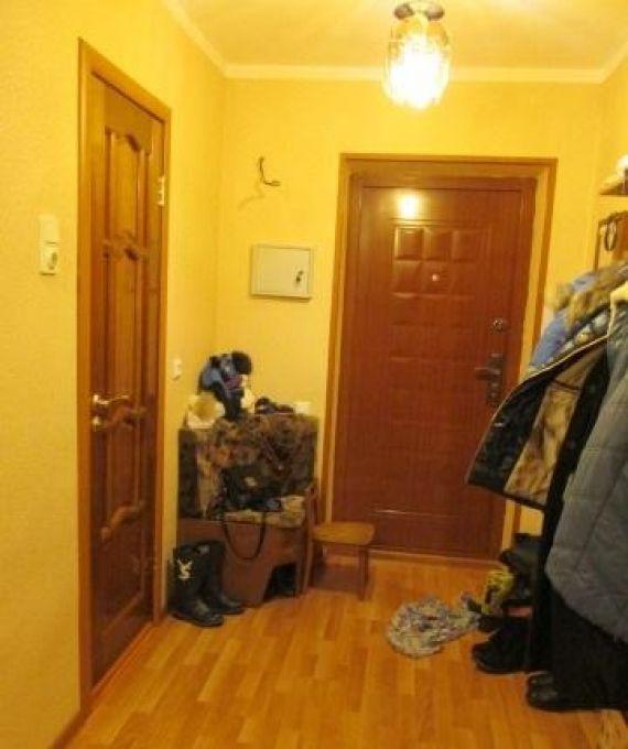 Кухня-гостиная с камином, отдельно гардеробная, два санузла с джакузи и душе агентство,  купить квартиру, ул.