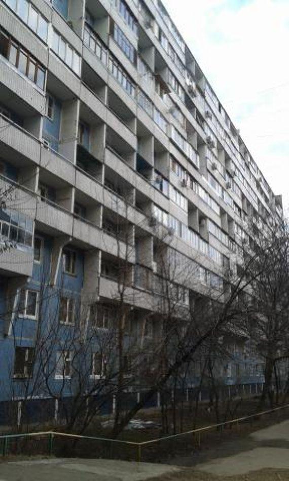 Продается однушка по адресу дежнева пр. , 25к3, м.. располож.