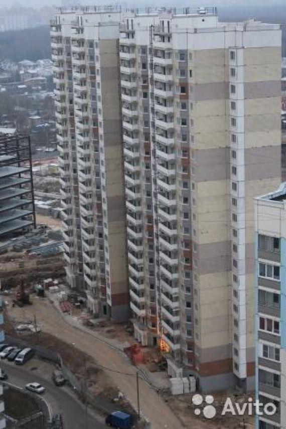 3-комнатная новая квартира по адресу Чистяковой ул. , 84, ме.