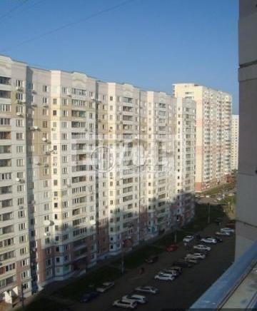 Двушка расположение кутузовская ул. , 2, метро. цена продавц.