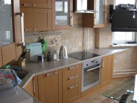 дизайн кухни с эркером в домах серии п-44 фото