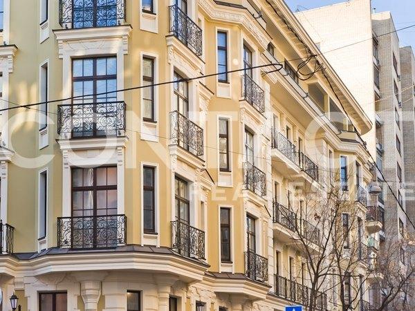 Properties Crotone Naschokinsky 12