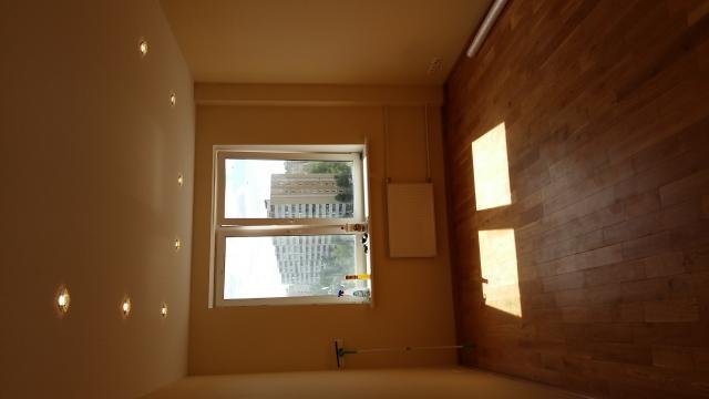 Продается двухкомнатная квартира расположение радиальная 6-я.